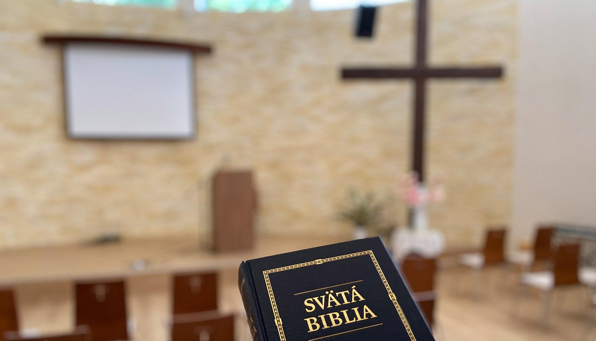 Pravidelné bohoslužby každú nedeľu